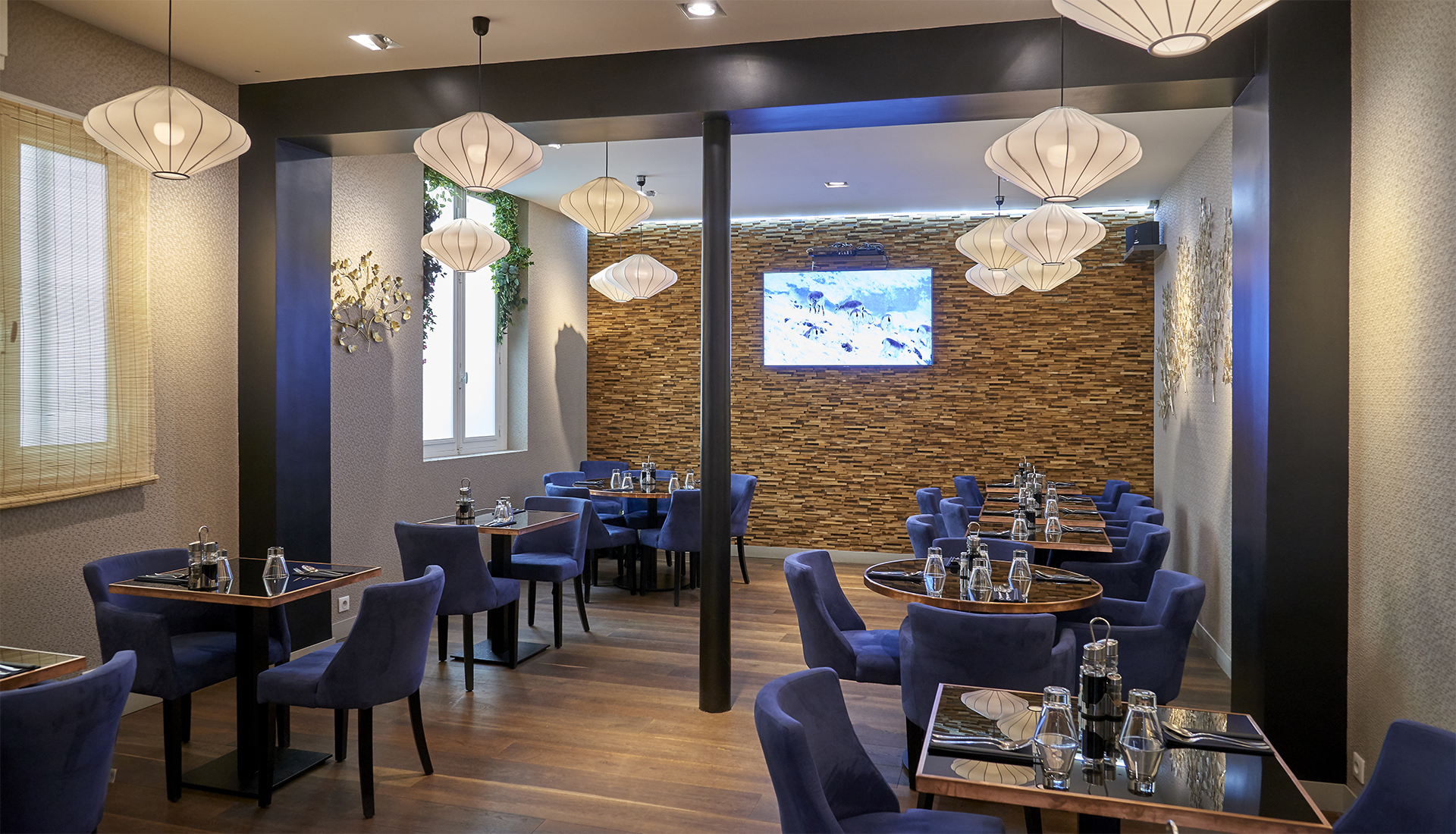paris8_restaurant_1