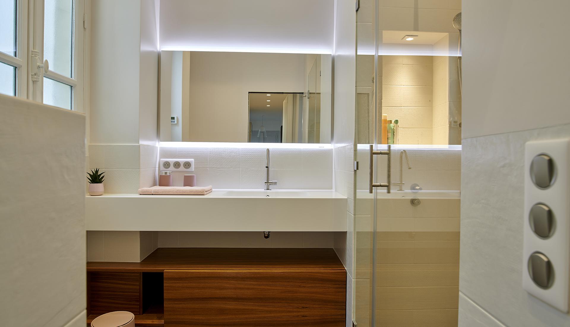 paris-6_bathroom_1