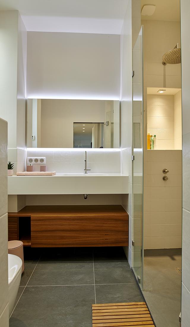 paris-6_bathroom_3