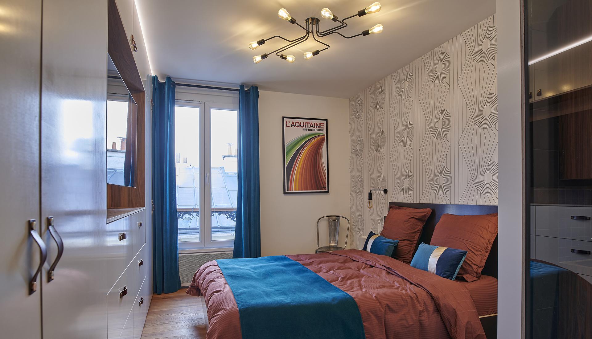 paris-19_bedroom_1